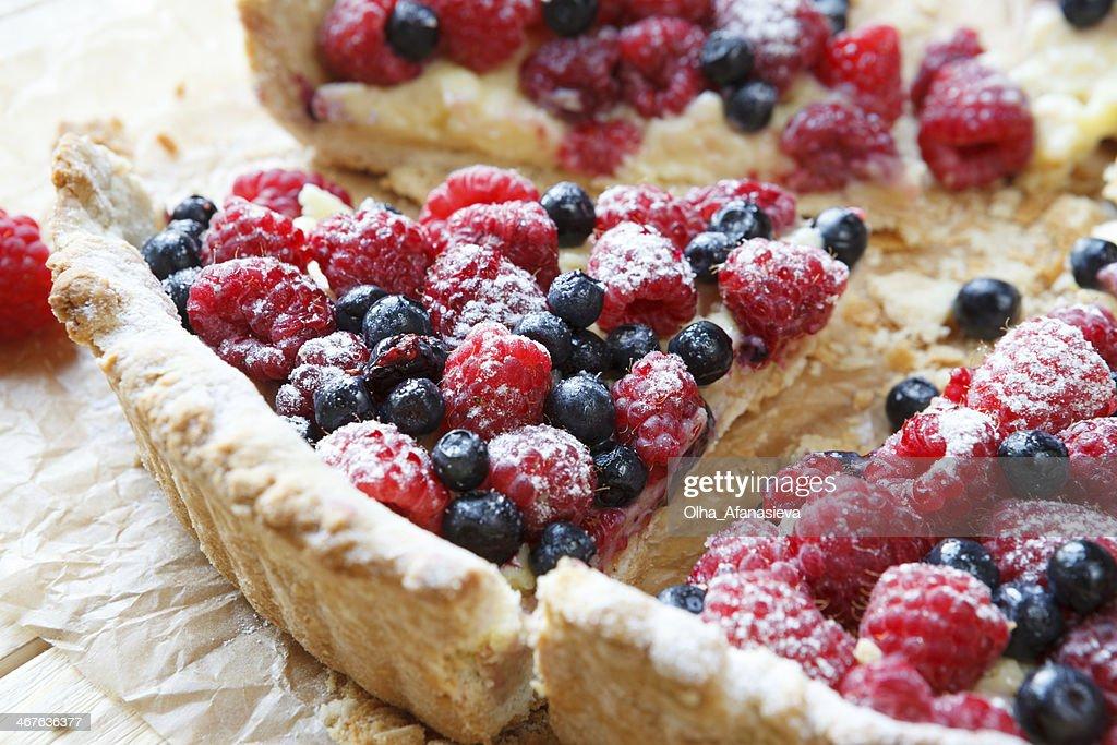 summer berry tart with custard cream : Stock Photo