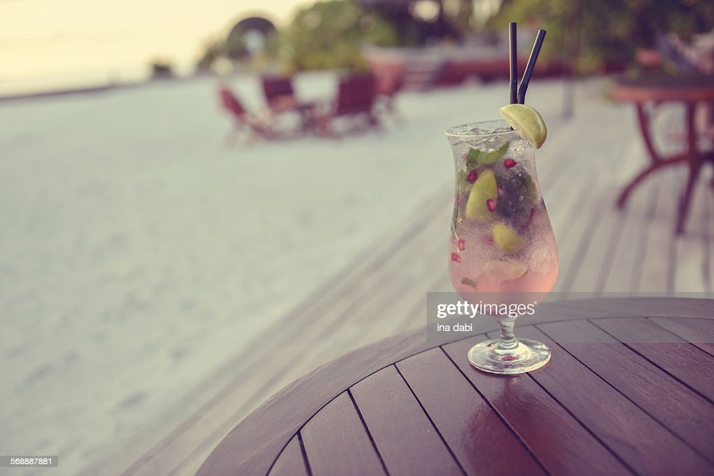 Summer cocktail : Stock Photo