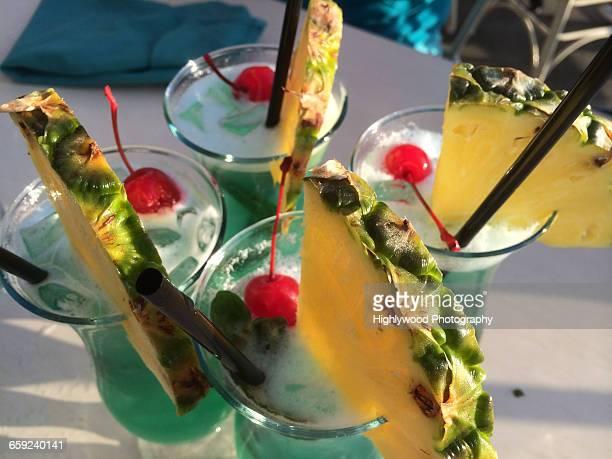 summer cocktails - highlywood - fotografias e filmes do acervo