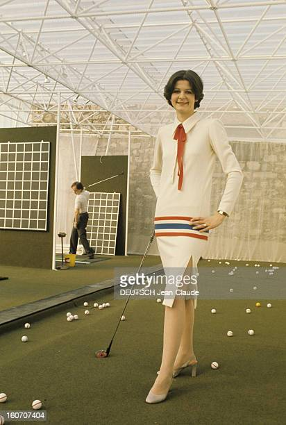 Summer Fashion By Couture Designers GUY LAROCHE la tenue de sport en jersey tricolore Catherine Bonnet attachée de presse fille de lorraine Dubonnet...