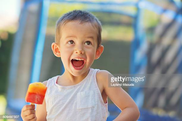 summer happiness - saturated colour stock pictures, royalty-free photos & images