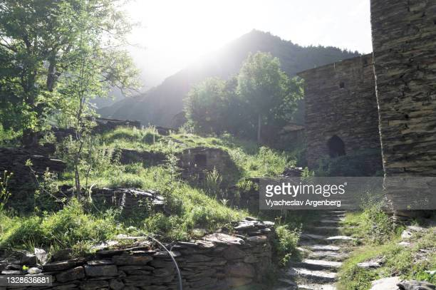 summer in shatili, sunny weather in the caucasus mountains, georgia - argenberg stock pictures, royalty-free photos & images