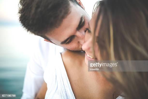 summer love - liefde stockfoto's en -beelden