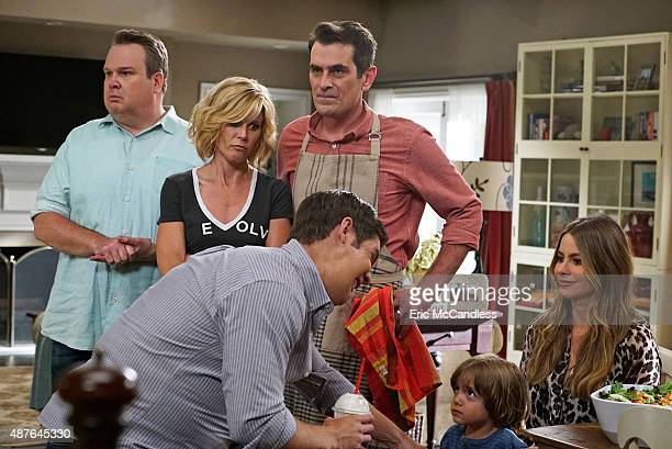 """Summer Lovin'"""" - Emmy award winning and critically acclaimed series """"Modern Family"""" returns for its seventh season with the premiere episode, """"Summer..."""