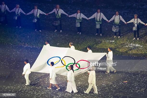 Summer Olympic Games In London 2012, : Opening Ceremony. La cérémonie d'ouverture des 30èmes Jeux olympiques d'été de Londres 2012 : l'arrivée du...