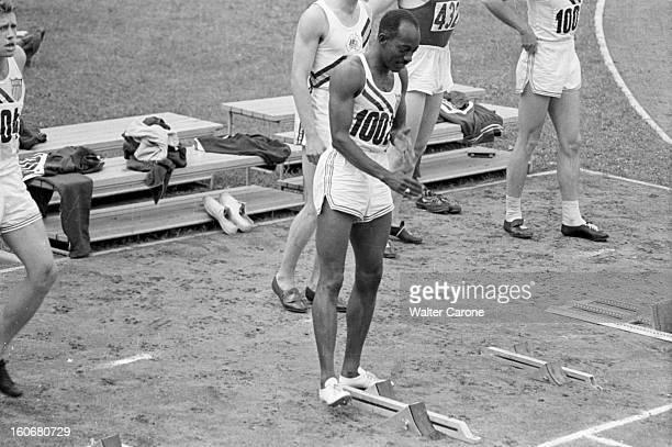 Summer Olympics 1952 Helsinki En Finlande à Helsinki en juillet 1952 lors des Jeux Olympiques d'été au départ du 110m Haies portrait de Harrison...