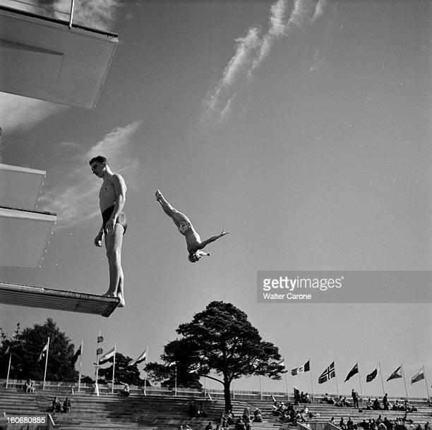 Summer Olympics 1952 Helsinki En Finlande à Helsinki en juillet 1952 lors des Jeux Olympiques d'été séance d'entrainement pour l'épreuve de plongeon...