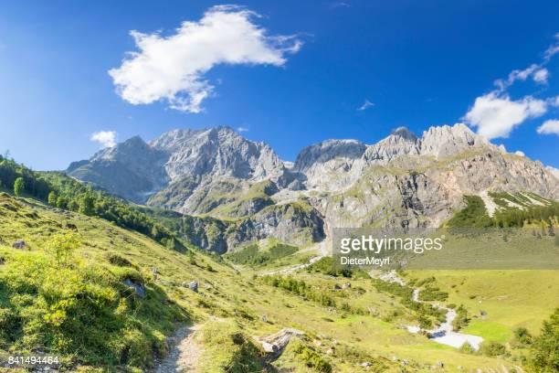 Sommer-Panorama-Ansicht der Hochkönig - Mandlwände - Alpen