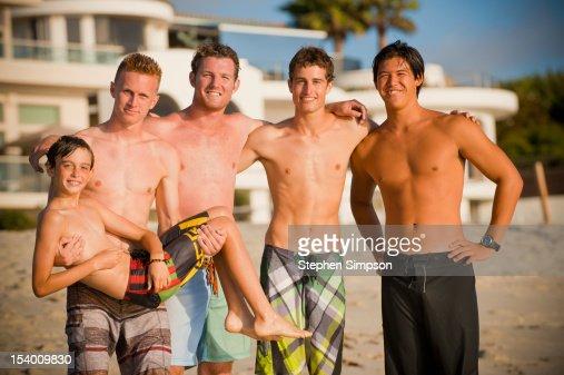 teens-swimming-at-the-beach-pics