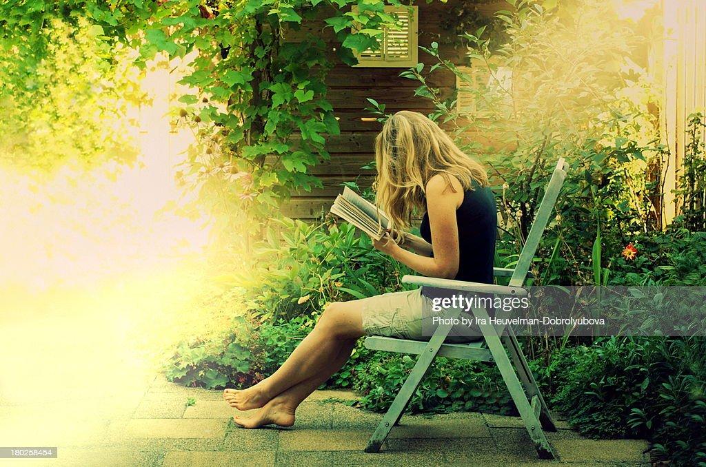 summer reading : Stock Photo