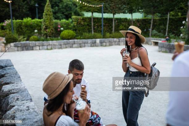 summer refreshments - ambient light stock pictures, royalty-free photos & images