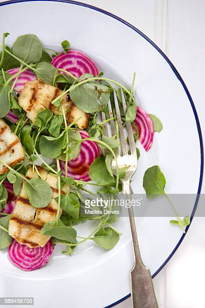 Summer salad of halloumi cheese and fresh beetroot