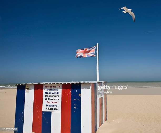 summer sandy beach - kent england stock pictures, royalty-free photos & images