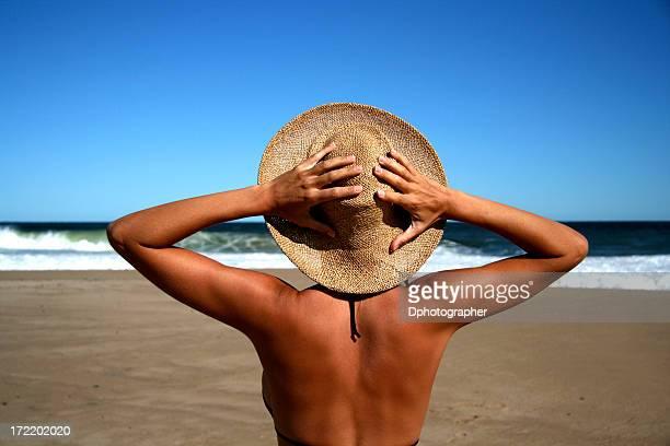 temporada de verão - bronzeado imagens e fotografias de stock
