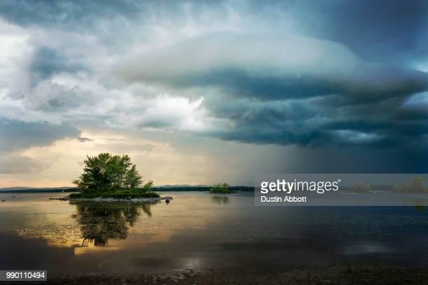summer storms - dustin abbott imagens e fotografias de stock
