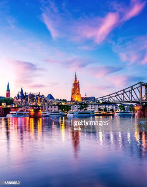 summer sunset over the cathedral (dom) of frankfurt am main - frankfurt main stock pictures, royalty-free photos & images