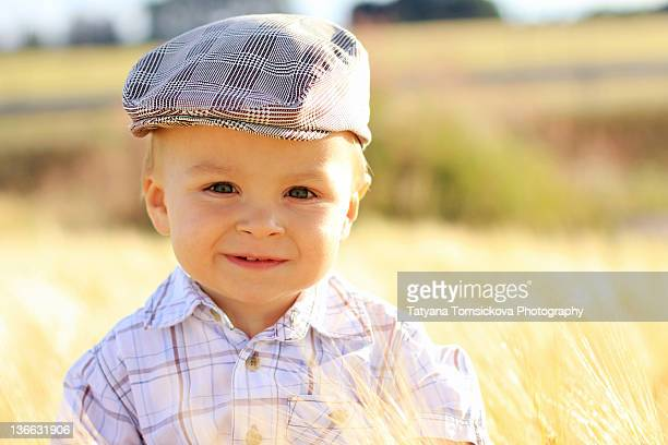 summer time - flat cap stock pictures, royalty-free photos & images