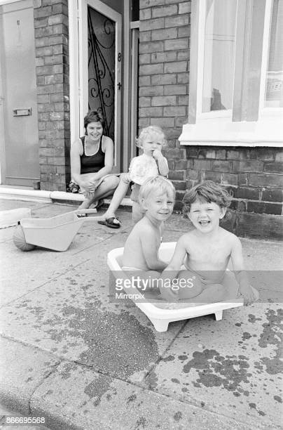 Summer Weather Scenes Middlesbrough August 1976 picture shows children keeping cool any way they can during heatwave