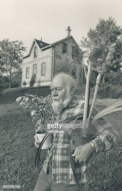 Summer's over Star garden columnist Fred Dale brings amaryllis and Variegated Ficus Benjamina indoors
