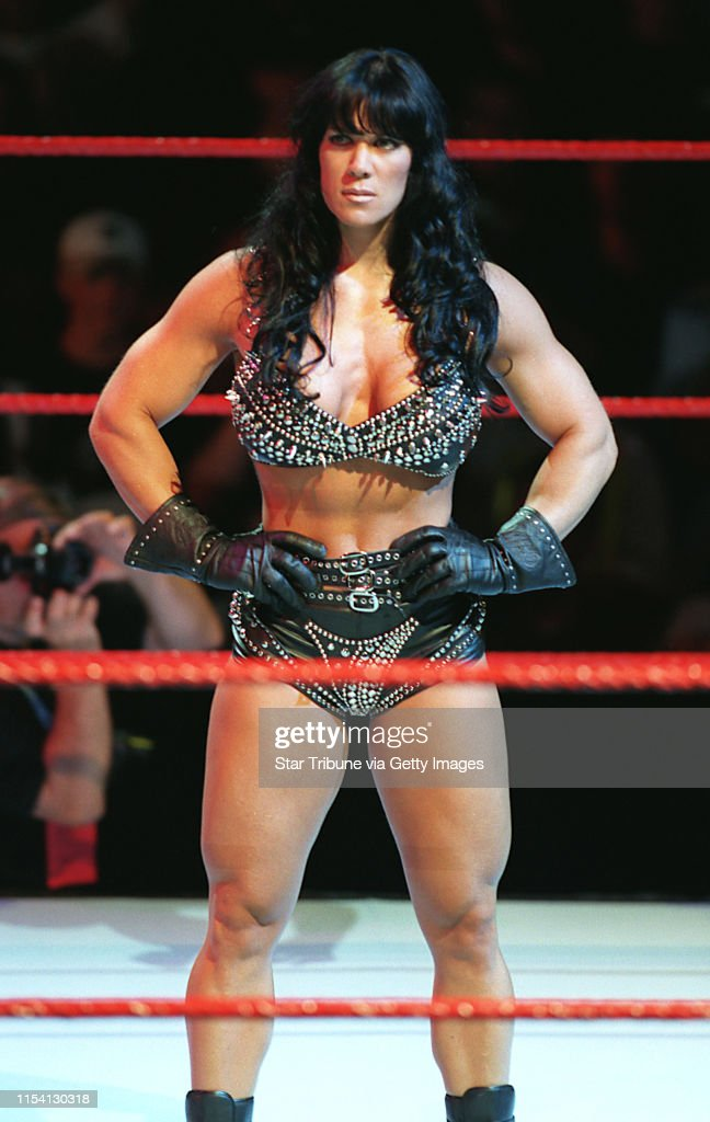 Summerslam wrestling with Gov. Ventura -- ìNinth Wonder of the Worldî Chyna appears before the Target Center crowd Sunday night during SummerSlam ë99.(Photo By MARLIN LEVISON/Star Tribune via Getty Images) : News Photo
