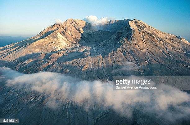 Summit Crater of Mount Saint Helens Volcano, Cascade Mountain Range, Washington, USA