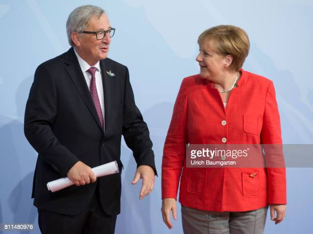Summit in Hamburg. Federal Chancellor Angela Merkel and Jean-Claude Juncker, President of the European Commission.
