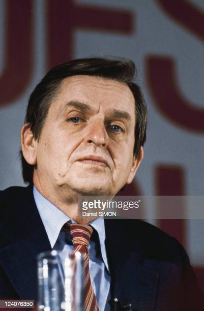 Summit of European Socialist Leaders in Paris France on January 22 1983 Olof Palme leader of the Swedish Social Democratic Party