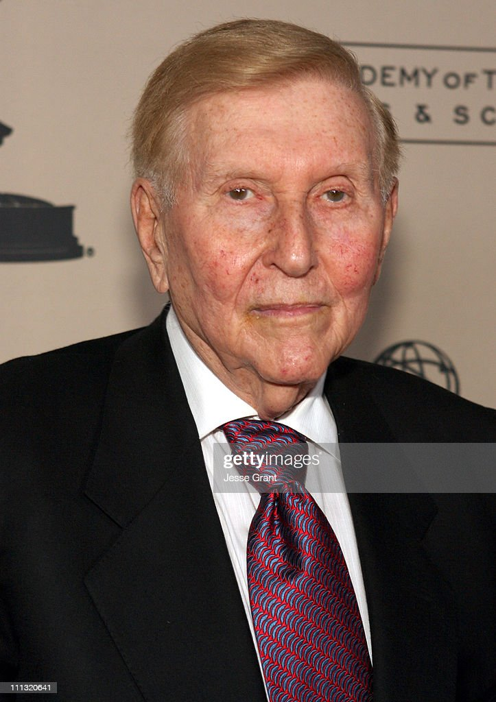 Academy of Television Arts and Sciences Hall of Fame Ceremony - Arrivals