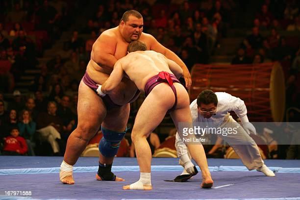 SUMO Battle of the Giants Hungary Deszo Libor in action vs Bulgaria Georgiev Stiliyan at Madison Square Garden New York NY CREDIT Neil Leifer