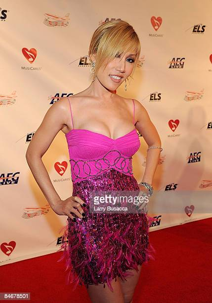 Sun arrives at the 2009 MusiCares Person of the Year Tribute to Neil Diamond at the Los Angeles Convention Center on February 6 2009 in Los Angeles...