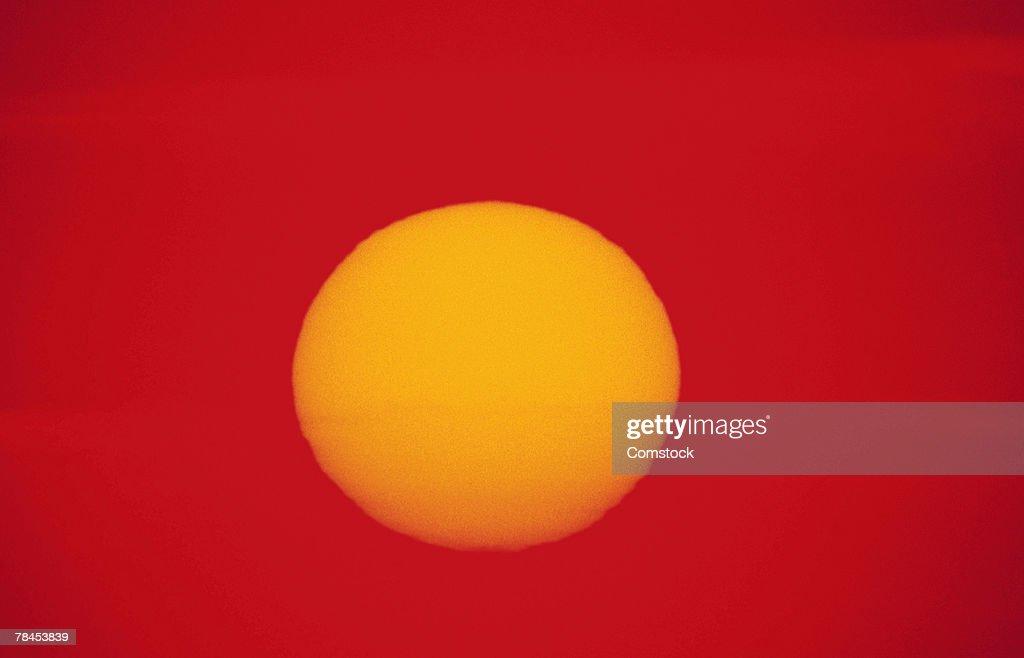 Sun in sky : Stockfoto
