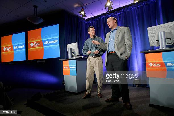 Sun Microsystems Chairman and CEO Scott McNealy and Microsoft Corporation CEO Steve Ballmer, right address a crowd of reporters and analysts May 13,...