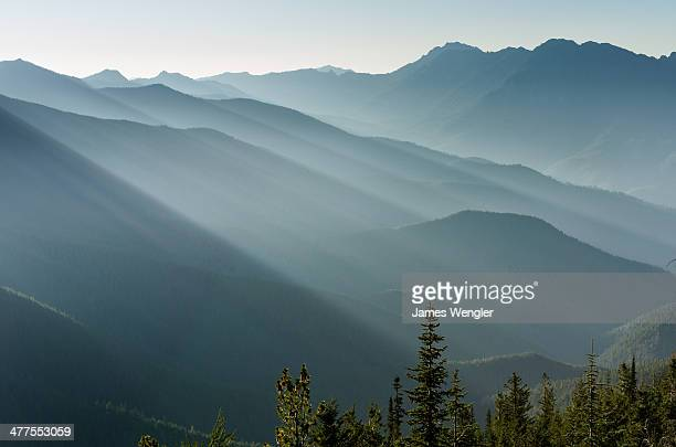 sun over ridge at obstruction point - pacific northwest stock pictures, royalty-free photos & images