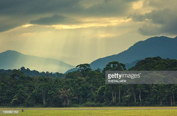 sun rays over the mountains in honduras - honduras stock pictures, royalty-free photos & images