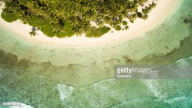 el sol, arena y olas - paisajes de republica dominicana fotografías e imágenes de stock