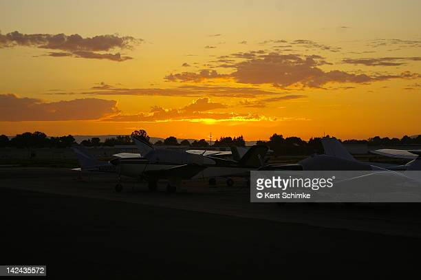 sun setting in the west - hayward california stock pictures, royalty-free photos & images
