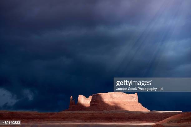 sun shining on rock formations, canyonlands, utah, united states - canyonlands national park stock pictures, royalty-free photos & images
