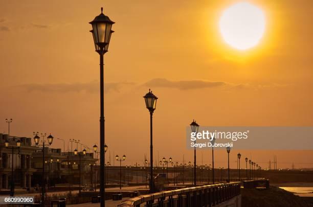 Sonnenlicht Sonnenuntergang leere Straße, Lampe Sonnenhimmel