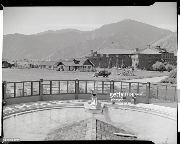 Sun valley idaho vintage stock photos and pictures getty images for Sun valley idaho swimming pool