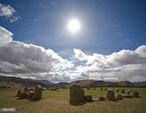 sun worshipcastlerigg stone circle, keswick, cumbr - s0ulsurfing 個照片及圖片檔