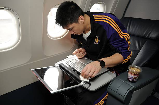 La lakers travel to orlando for game 3 la lakers travel to orlando for game 3 voltagebd Images