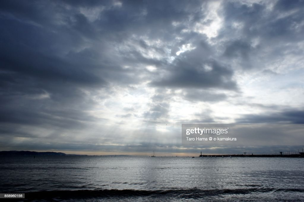 Sunbeam on the beach in Kamakura city in Kanagawa prefecture in Japan : ストックフォト