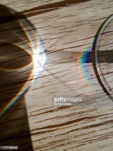 sunbeam shining through a glass stem - 息抜き ストックフォトと画像