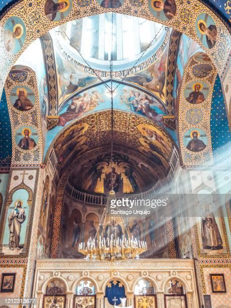 sunbeams entering through a window of sioni cathedral - コーカサス ストックフォトと画像