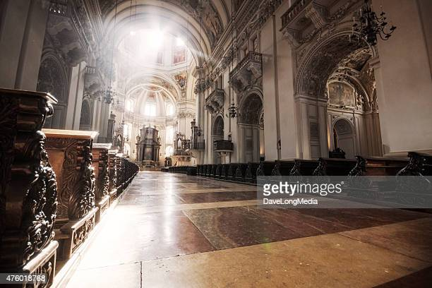 sunburst in salzburg cathedral - cathedral stock pictures, royalty-free photos & images