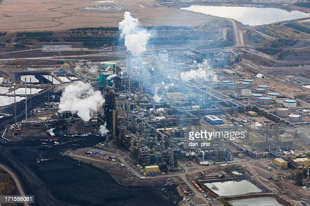 suncor refinery - oil sands stock pictures, royalty-free photos & images