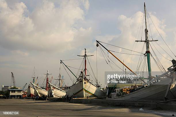 sunda kelapa, jakarta old port - didier marti stock photos and pictures