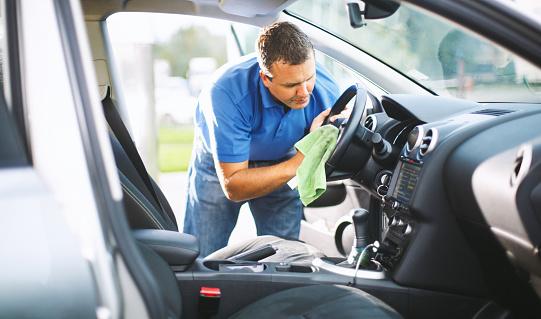 Sunday car wash. 518118726