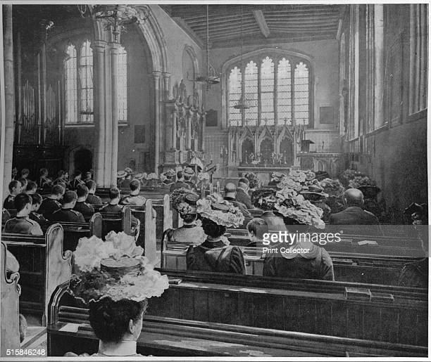 Sunday morning service in the Church of St Peter ad Vincula London circa 1903 The Chapel Royal of St Peter ad Vincula situated in the inner ward of...