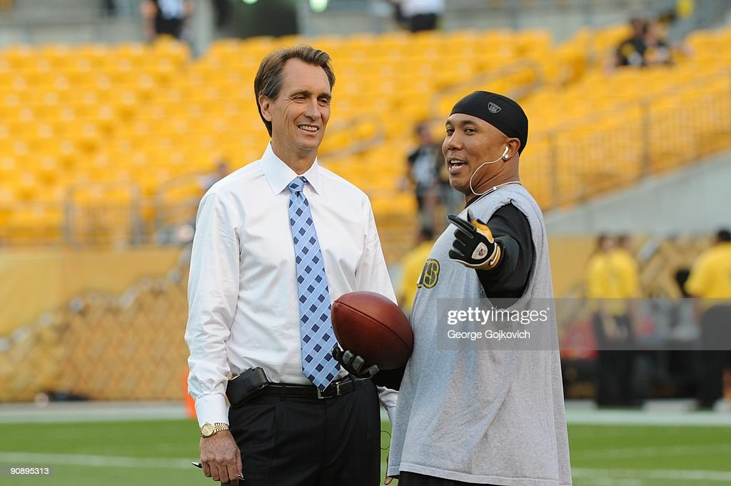 Tennessee Titans v Pittsburgh Steelers : News Photo
